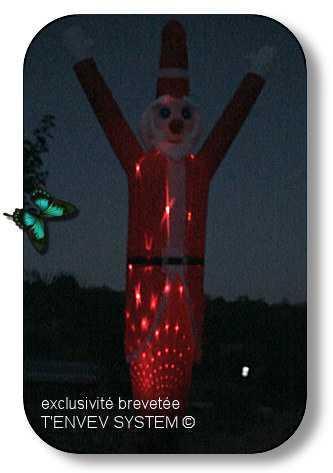 Père noël géant avec éclairage laser