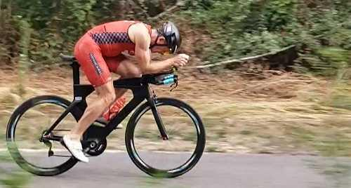 Miroir de cyclisme contre la montre position aéro