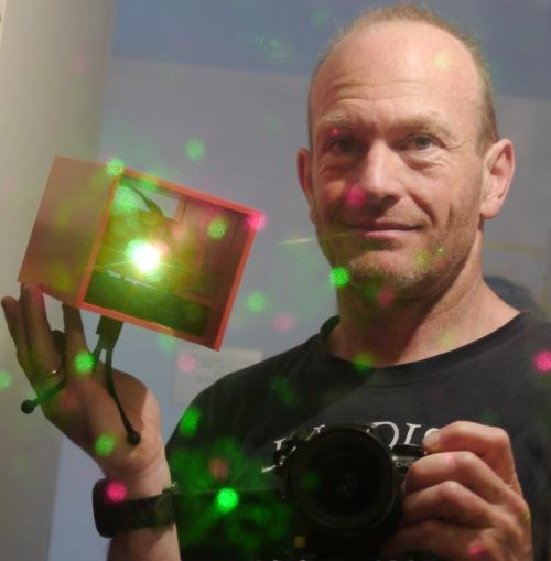 mini laser de Noël autonome