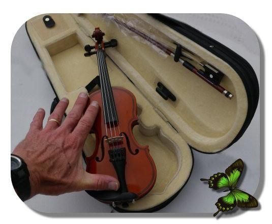 minuscule violon miniature jouet en bois 1 16 pour enfant. Black Bedroom Furniture Sets. Home Design Ideas